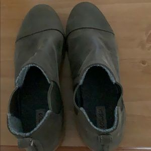 OluKai brand ankle booties-excellent condition